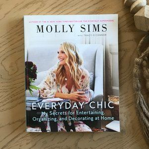 Everyday Chic by Molly Sims